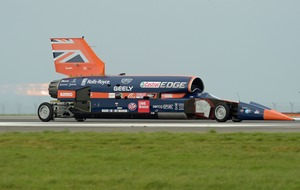 Watch the vehicle aiming to break 1,000mph take a test drive in Cornwall