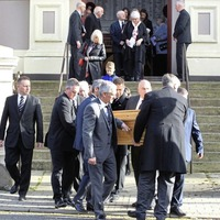Glen Barr: UDA leader turned peacemaker had desire to help, mourners told