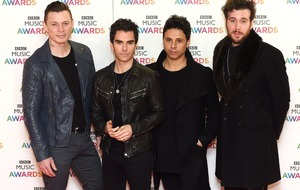 Stereophonics on course to bag UK number one with album Scream Above The Sounds