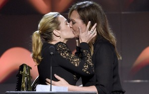 Kate Winslet 'breathless' after Allison Janney awards show kiss