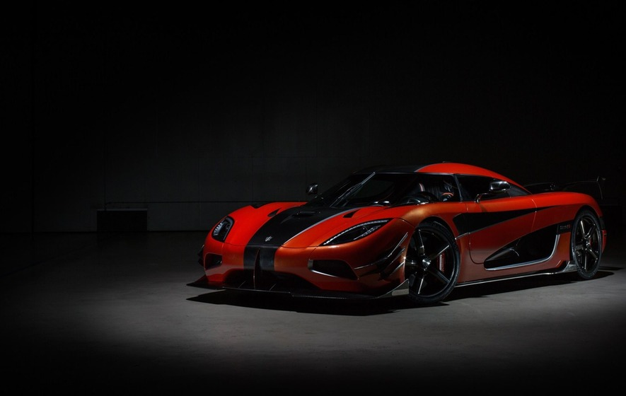 Koenigsegg sets new record for world's fastest production auto
