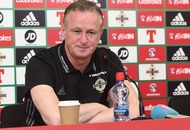 Michael O'Neill signs new Northern Ireland deal