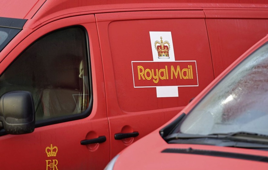 Royal Mail reports slip in half yearly profits