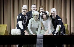 Review: Cosi Fan Tutte at the Grand Opera House