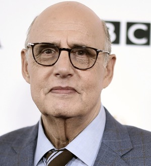 Jeffrey Tambor considers Transparent exit after sexual harassment allegations