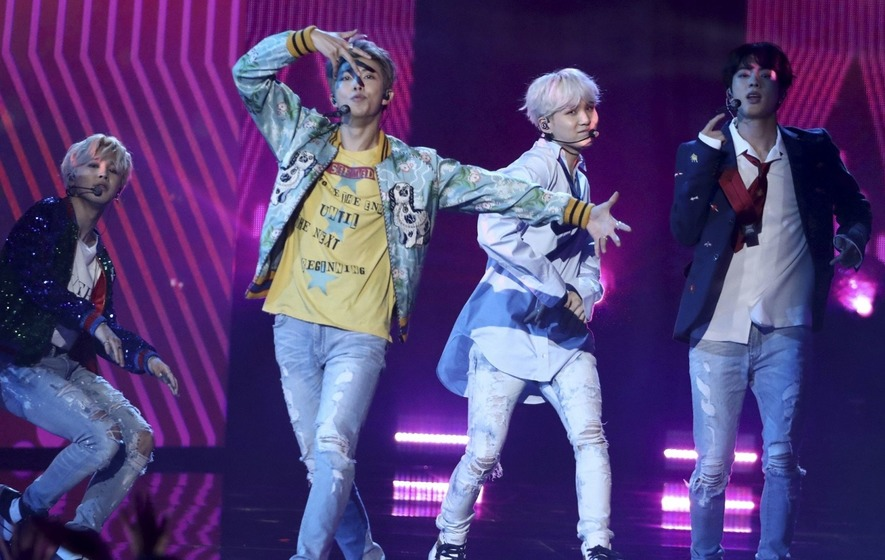BTS's Much-Hyped AMAs Performance Fulfilled All Your K-Pop Dreams