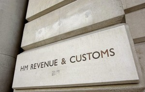 Personal tax allowance rises to £11,850