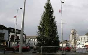 Loyalists demand the removal of Co Derry Christmas tree