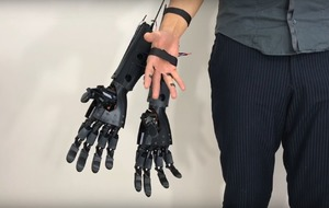These extra robotic hands have been created to help with multitasking
