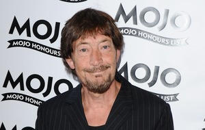 Chris Rea cancels Bournemouth concert after collapse on stage