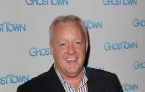 Stars pay tribute to 'great entertainer' Keith Chegwin