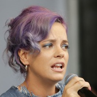 Fans thrilled by Lily Allen's comeback track Trigger Bang