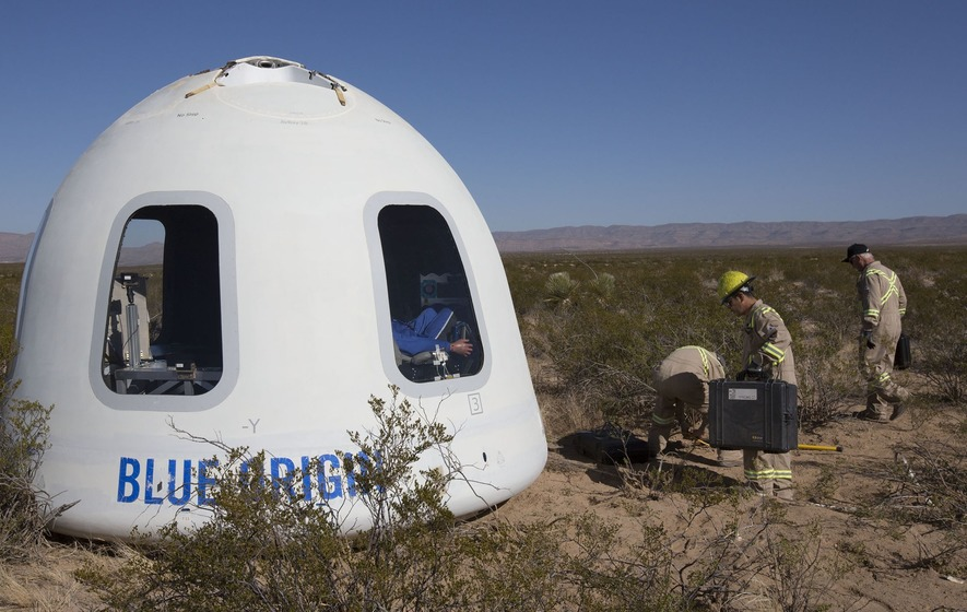 Amazon boss Jeff Bezos successfully tests new Blue Origin astronaut capsule