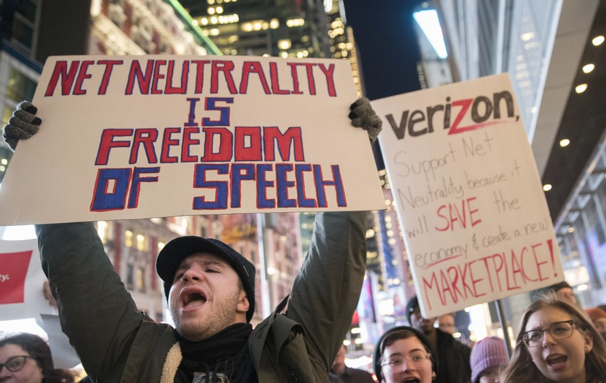Hawaii's congressional delegation responds to repeal of net neutrality rules