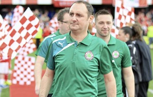 Tributes to 'larger than life' former Cliftonville goalkeeper Paul Straney following sudden death aged 42