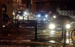 Storm Eleanor hits Ireland leaving thousands without power