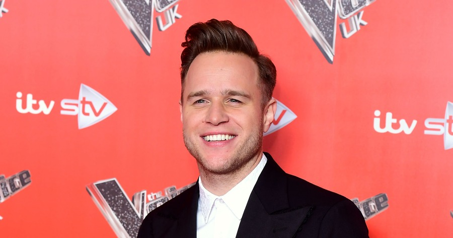 Olly murs writing a business