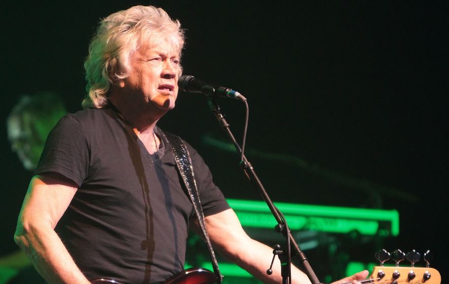 Moody Blues bandmate John Lodge pays tribute to Ray Thomas following