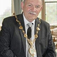 Unionist anger after Derry mayor blocks invitation to palace