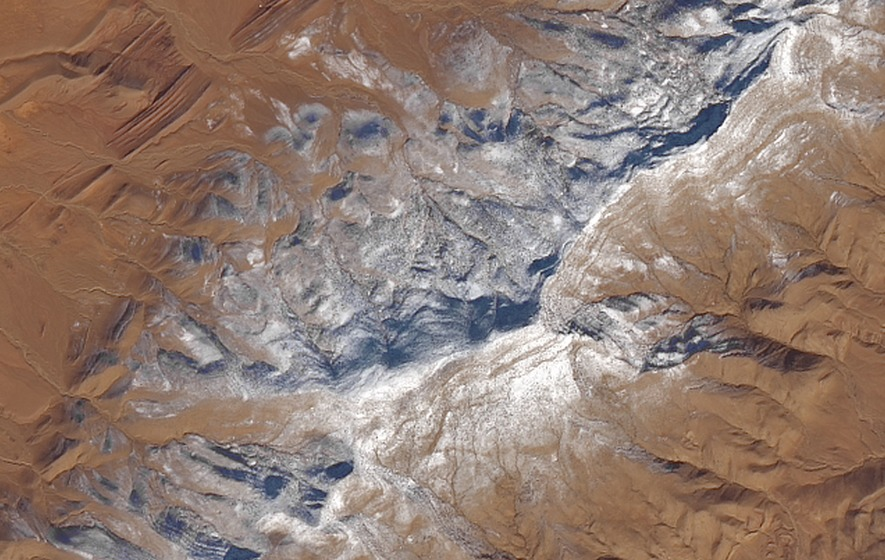 Rare weather occurrence blankets portions of Sahara Desert with snow