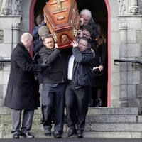 Sister of Bobby Sands denounces former comrades at mother's funeral