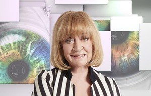 Amanda Barrie gave Wayne Sleep a bath – and CBB viewers cannot handle it