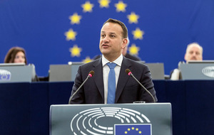 Taoiseach Leo Varadkar tells MEPs to stand together over Brexit border deal