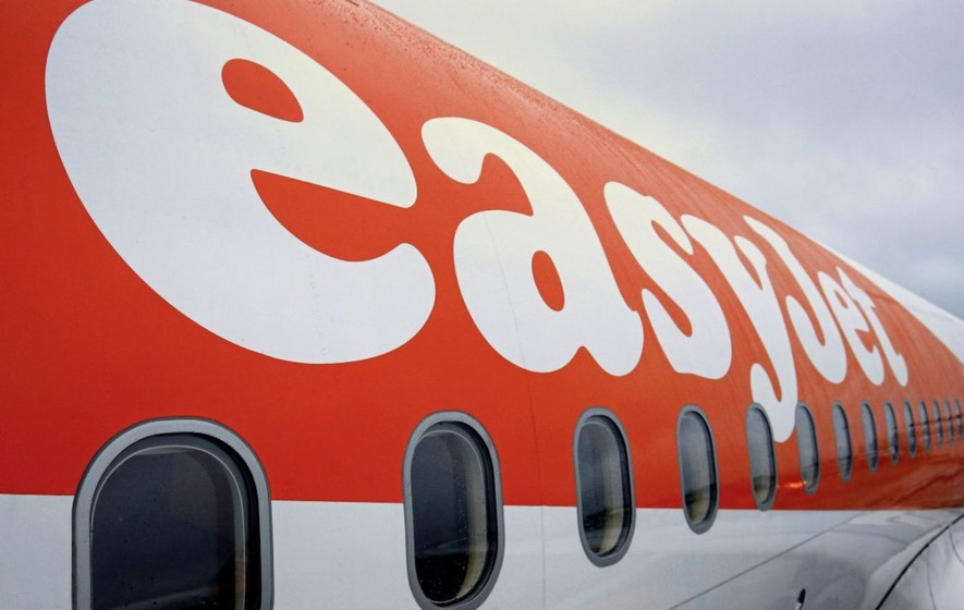 Britain's easyJet secures revenue boost from faltering rivals