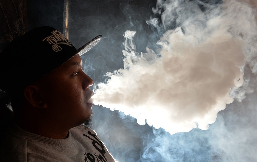 Smoke from e-cigarettes 'may cause DNA damage and cancer ...