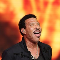 Lionel Richie announces 2018 summer tour of the UK