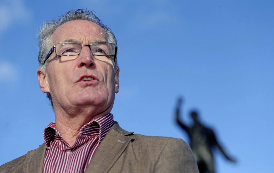 Gerry Kelly reported to police over wheel clamp