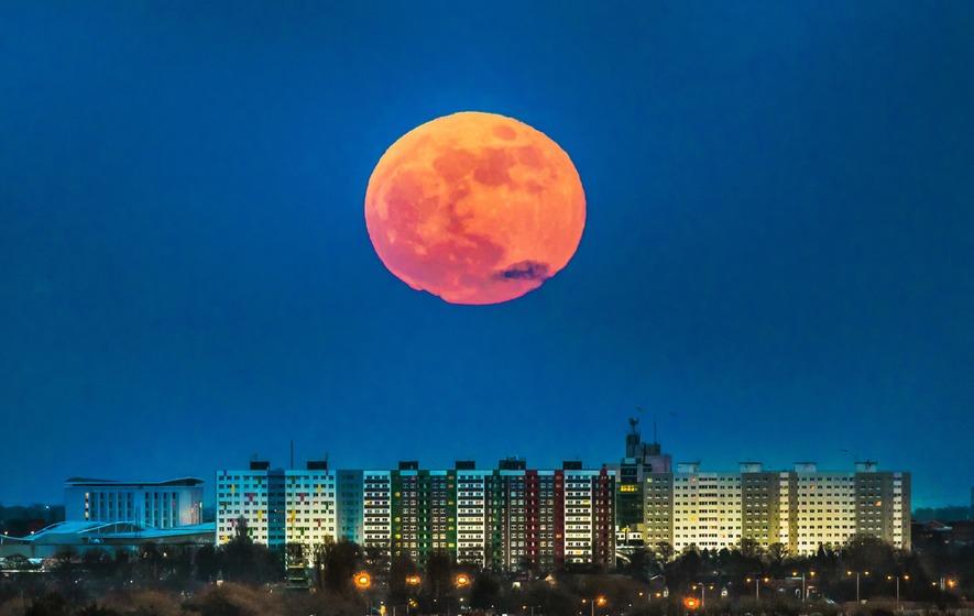 red moon ireland - photo #49