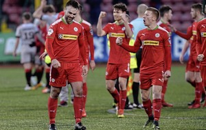 Barry Gray looking for Cliftonville consistency