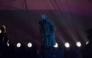 Liam Gallagher pays tribute to Manchester attack victims at Brit Awards