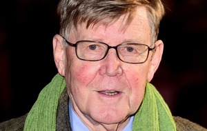 Alan Bennett to debut new play about NHS hospital