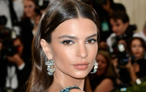 Emily Ratajkowski announces marriage