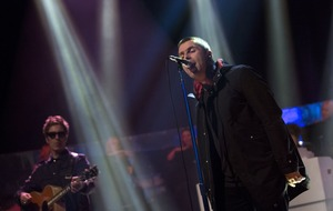 Liam Gallagher and Stereophonics to headline V Festival replacement
