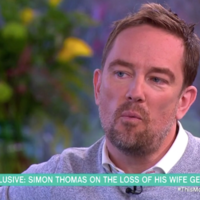 Tears on This Morning as Simon Thomas talks about wife's death