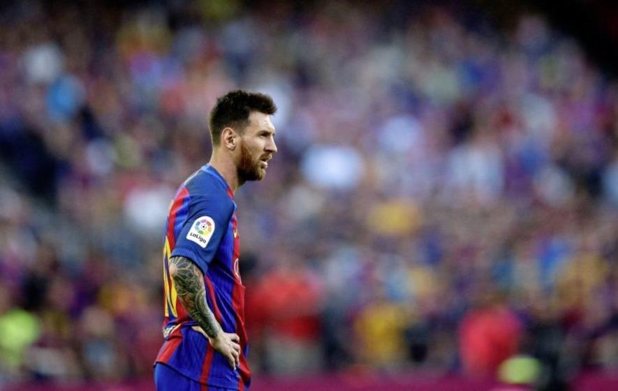 Messi stellar, Suarez hat trick as Barca triumph By