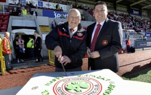 Cliftonville face Linfield after death of club legend Freddie Jardine