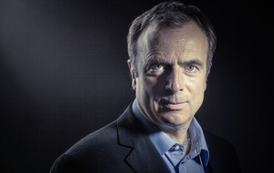 Peter Hitchens on why we should leave Russia be and how the Second World War was 'phoney'