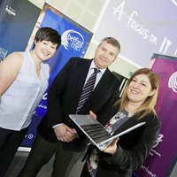 Work, learn, earn – find out more about the benefits of becoming an apprentice