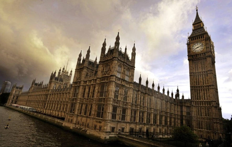 London moves to impose Northern Ireland budget