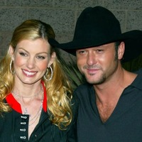 Faith Hill and Tim McGraw headline opening night of Country to Country festival
