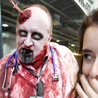 In Pictures: Fans get their teeth into Walking Dead convention
