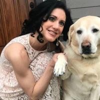 Blind YouTuber Joy Ross creates videos showing people her everyday life