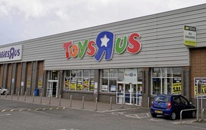 Toys R Us gift cards no longer accepted in stores