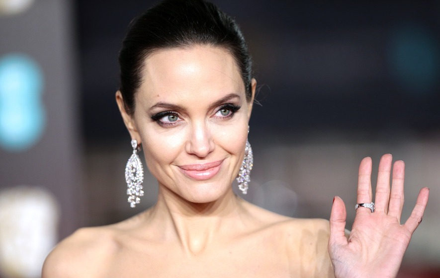 Angelina Jolie: Having a mind on fire is sexy