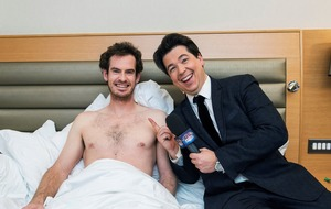 Michael McIntyre wakes Andy Murray for Sport Relief