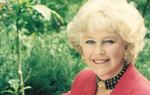 Former Eurovision host Katie Boyle, Lady Saunders dies aged 91